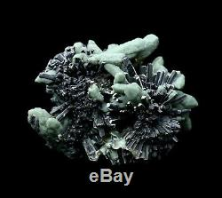115g Rare! Beauty Green Crystal Cluster & Ilvaite Mineral Specimen/China