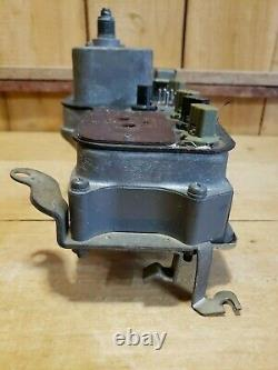 1966-72 Datsun Nissan Pickup OEM 520 521 Speedometer Instrument Cluster/Bracket