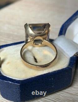 Huge 9ct gold smokey quartz ring