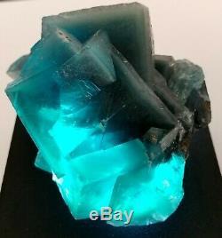 1.2lb Green Cube Fluorite Cristal Cluster Avec Phantoms Dans Matrix 547g 3.5x3