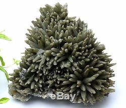 4.6lb Nouvelle Trouvaille Vert Spécimen De Grappe De Quartz Quartz / Chine Intérieure Mongolie