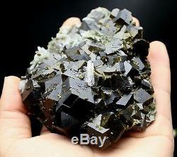 480g De Grappes De Cristal De Grenat Andradite Noir Naturel, Quartz, Mongolie Intérieure, Chine