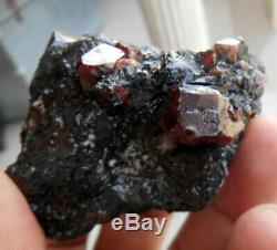 590 Carats Beau Spécimen Zircon Cristal Bunch De Astor Pakistan