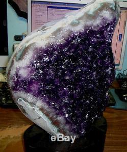 Amethyst Énorme Crystal Cluster Cathédrale Geode De Uruguay Avec Polonais