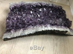 Amethyst Geode Géant 250+ Lb 32 High Museum Quality 10 000 $ +