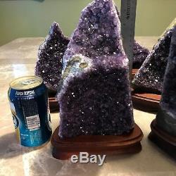 Améthyste Druze Crystal Cluster Sur Wood Base (spécimen)