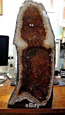 Belle 24. Bresilien Citrine Crystal Cathédrale Cluster Geode Grand Prix
