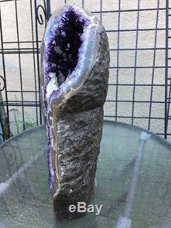 Calcite D'agate De Cristal De Quartz De Quartz D'améthyste De L'améthyste De L'uruguay Profond Pourpre