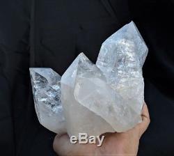 Cristal De L'himalaya Grand Groupe De Quartz Clair 150x135x125mm (2kg)