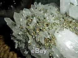 Cristal Point Crystal Point Énorme Et Pyrite Sur Pierre Blanche Magnifique