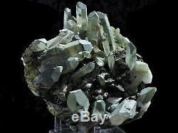 Cristaux D'épidote Verts De 4,2 Lb Sur Une Grappe De Quartz Vert De La Mine Meigu, Chine