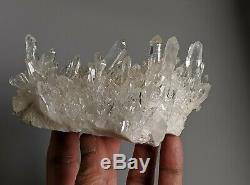 Eau Claire De L'himalaya Quartz Cluster Naturel Cristal (grade Aaa) 140x70mm