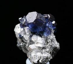 Effacer Naturel Cube Bleu Fluorite Quartz Calcite Crysal Cluster Minéraux Spécimen