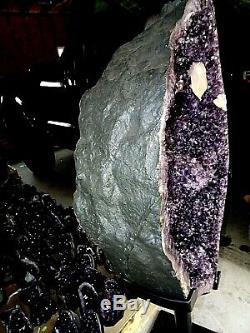 Énorme Cathédrale Améthyste Cristal Cluster Geode Cône F / Brésil Stand Stalactites