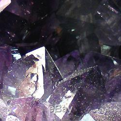 Grand Groupe De Cristaux De Quartz Naturel De La Grotte Geode Cathedral Amethyst 4.4kg 16.5cm