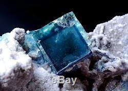 Nouveau Trouver Transparent Cube Bleu Fluorite Crystal Cluster Minéral Spécimen 577g