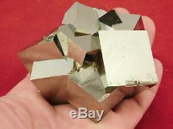 Onze! 100% Naturel Enlacés Pyrite Cristal Cubes! Dans Une Grande Grappe Espagne 595gr