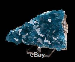 Spécimen Minéral De Roche De Cristal De Cristal De Quartz Bleu Clair Cru De Cube En Fluorite, Chine