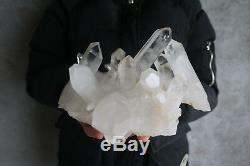 Spécimen Tibétain À Grappes De Cristaux De Quartz Clair Et Naturel De 2950 G