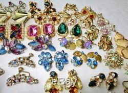 Vintage Énorme Lot De Toutes Les Stras & 104 Pcs Oreilles Cristal